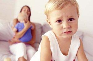 Детство первого ребенка заканчивается с рождением второго?