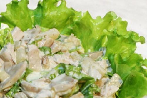 салат из куриного филе и шампиньонов
