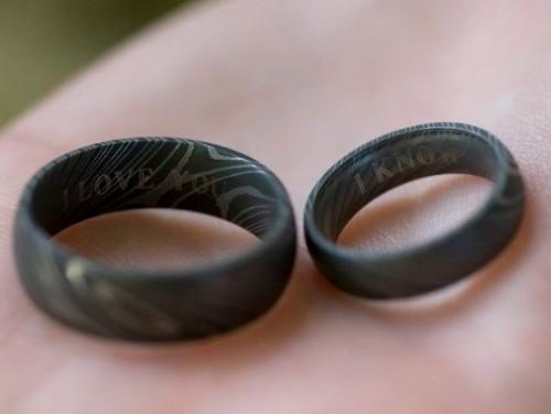 Что можно подарить на чугунную свадьбу