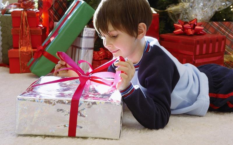 Что подарить сыну на 3 годика?