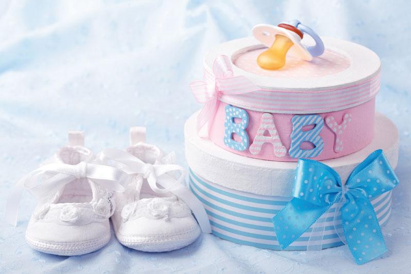 Что подарить снохе на рождение ребенка