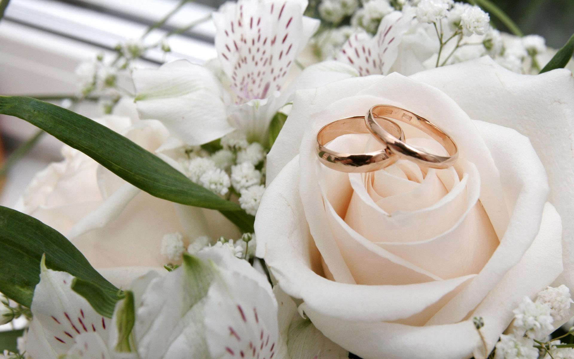 9 годовщина свадьбы что подарить