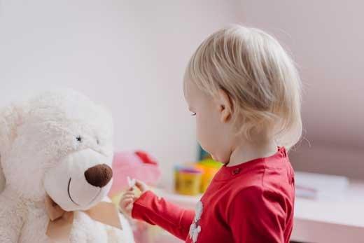 Пусть детство будет ярким: как выбрать игрушки?