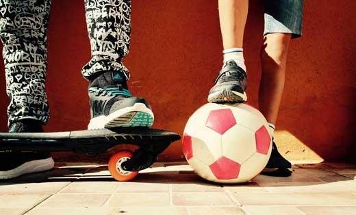 Оригинальная детская обувь для занятий спортом