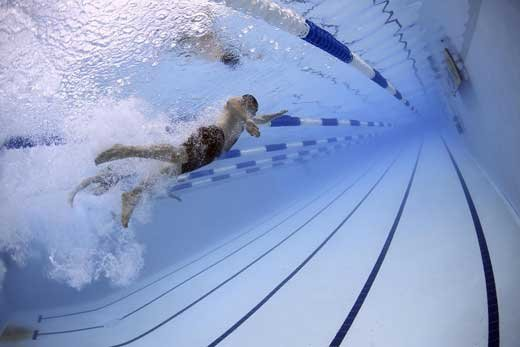 5 причин для посещения бассейна