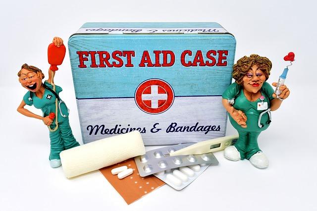 Аптечка путешественника. Какие лекарства взять в отпуск?