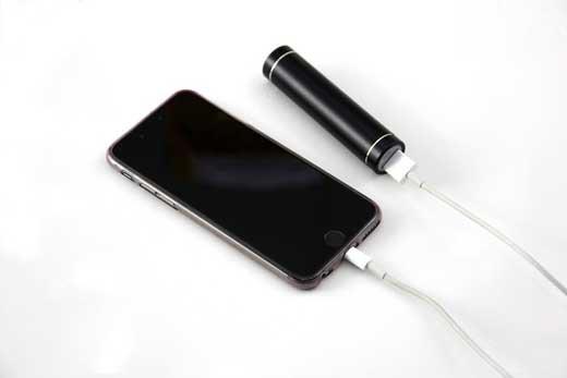 Как повербанк способен помочь активным пользователям смартфонов?