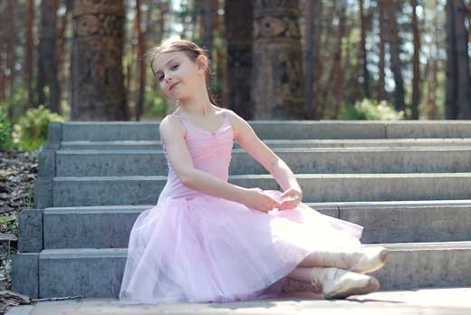 http://www.skatsport.ru/catalog/gimnastika-tancy/kupalniki-dlja-horeografii/