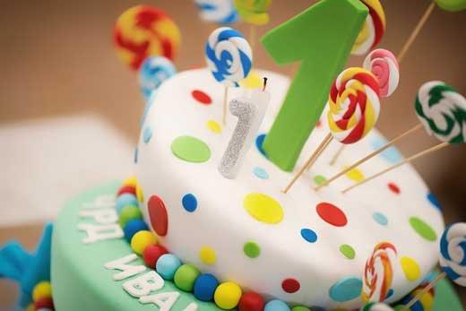 Первый день рождения ребенка – советы по оформлению праздника