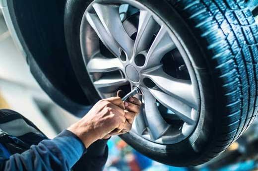 В каких случаях поврежденную шину можно отремонтировать, а когда нужно менять?