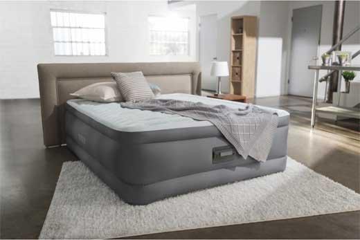 Надувная кровать: есть ли от нее польза?
