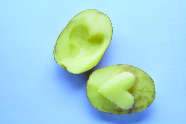 можно ли есть зелёную картошку?