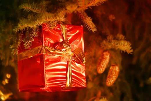 Варианты недорогих подарков на Новый Год